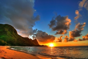 sunset_tunnels_beach_kauai_hawaii_4201x2801