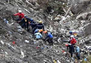 chi-france-plane-crash-20150325